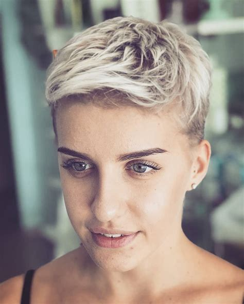 Pixie Hairstyle Images by 10 Trendy Haircuts For Cool Hair