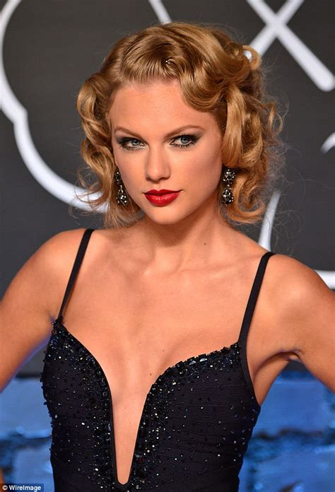 Bizarre conspiracy theory that Taylor Swift is actually a ...