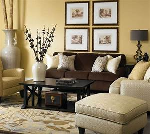 Braunes Sofa Welche Wandfarbe : braunes sofa dekorieren wohnzimmer ideen wohnung ~ Watch28wear.com Haus und Dekorationen