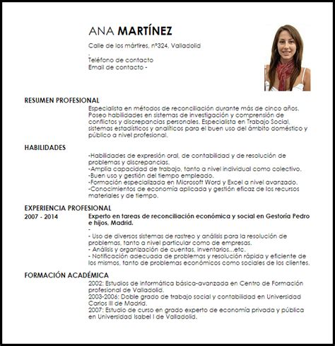 Exle Of A Written Curriculum Vitae by Modelo Curriculum Vitae Especialista En Reconciliaci 243 N