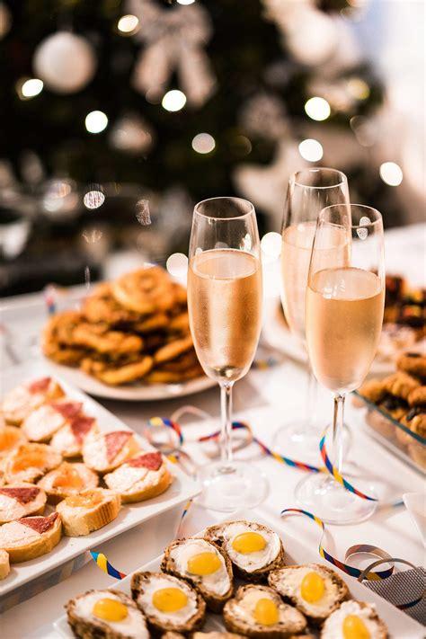 Happy New Year Vertical Free Stock Photo | picjumbo