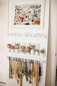 Idée Rangement Bijoux : 9 id es cr atives et originales pour organiser vos bijoux bijoux pinterest ~ Melissatoandfro.com Idées de Décoration