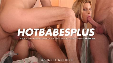 Hot Babes Plus Dominica Dolce In Hot Threesome Party