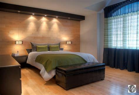 décoration de chambre à coucher habiller murs fenêtre et lit dans la chambre à coucher