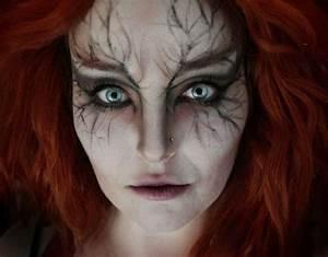 Gruselige Hexe Schminken : halloween schminke idee mit schwarzen adern und roten haaren halloweenparty halloween ~ Frokenaadalensverden.com Haus und Dekorationen