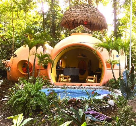 Garden Igloo Erfahrungen by Adobe Style Dome Home In A Lush Rainforest Setting 3