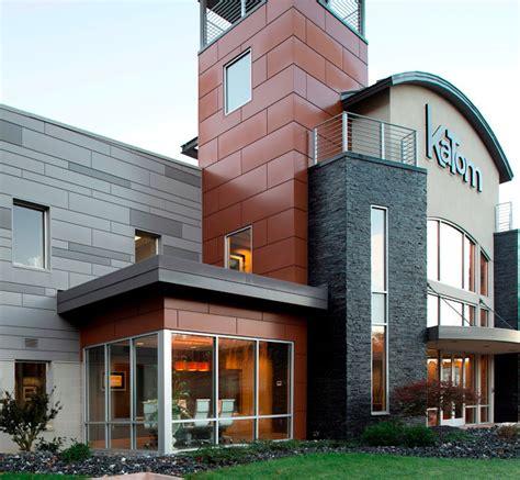 aluminum panels beautify  nondescript metal building retrofit