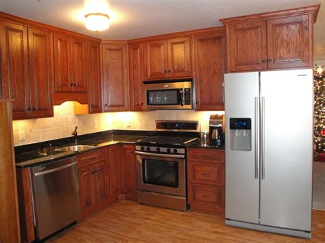 Kitchens With Cabinets by Kitchen Honey Oak Kitchen Cabinets Best Oak Kitchen