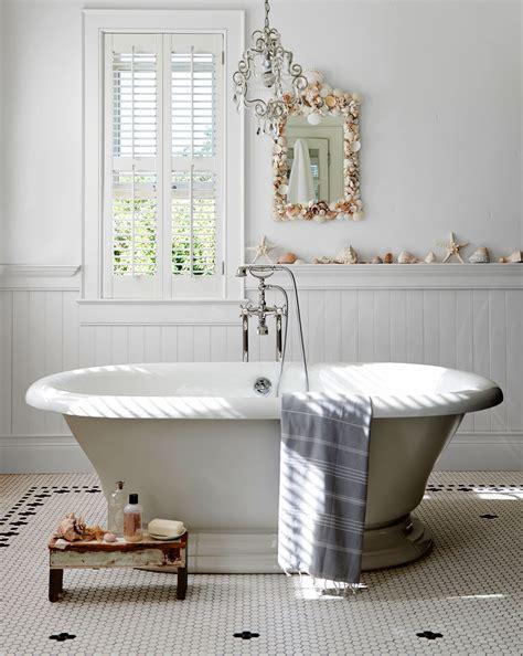 Bathtub Decorating Ideas - 30 great pictures and ideas classic bathroom tile design ideas