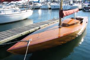 Pictures of Wood Speed Boats For Sale