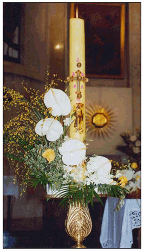 candela battesimale cero pasquale e fuoco simboli della pasqua nella veglia