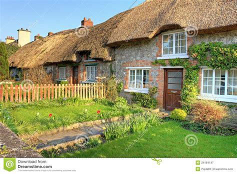 cottage in irlanda villaggio di adare casa tradizionale irlandese