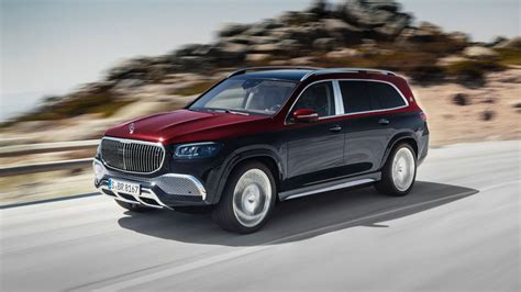 The 2021 mercedes maybach gls is indeed one of the most exceptional and ostentatious suvs that offer an upscale interior, which has to offer a magnificent environment and jolly ambiance with an extreme level of comfort that surpasses the competitors in the luxury suv segment. The new Mercedes-Maybach GLS.
