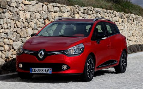 Renault Clio R S Backgrounds by Renault Clio Estate 2013 Wallpapers And Hd Images Car