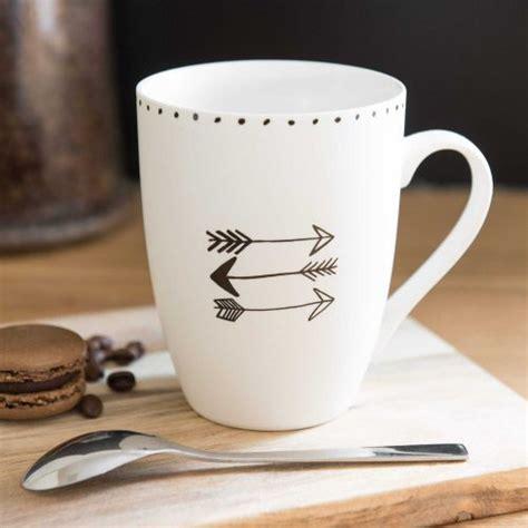mug motif fleche en porcelaine vaisselle diy porcelaine