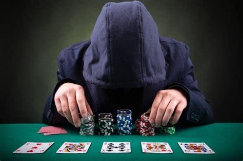 Definiowanie stylu gry naszego przeciwnika przy stole ...