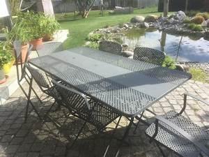 Gartentisch Mit Stühlen : gartentisch mit 8 passenden st hlen kaufen auf ricardo ~ A.2002-acura-tl-radio.info Haus und Dekorationen