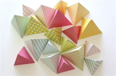 Diy Lenschirm Papier by Diy Papier D 233 Coration Triangulaire Kesi Le