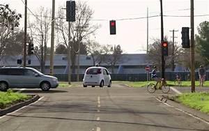 Voiture Autonome Google : vid o la voiture autonome de google test e sur la voie publique ~ Maxctalentgroup.com Avis de Voitures