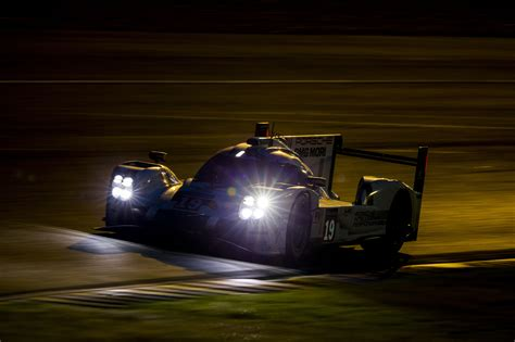 gallery night time  le mans  hours speedcafe