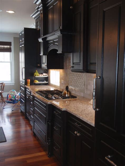 espresso kitchen cabinets with backsplash espresso cabinets what countertops backsplash