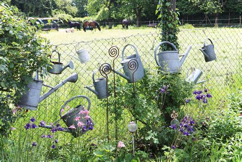 Über Den Gartenzaun Geschaut Ein Naturnaher Garten Zum