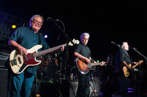 5 Things You Didn't Know About Los Lobos