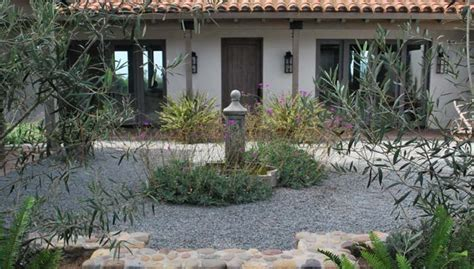 southern california landscaping ideas southern california gardening a california front yard without grass