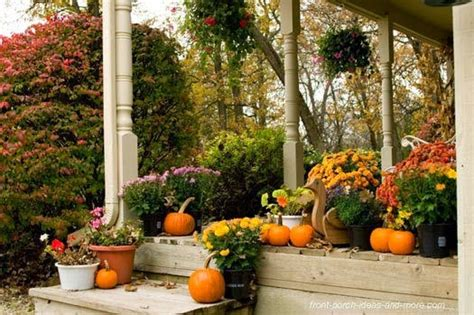 Fall Porch Displays by 10 Fall Porch Decorations