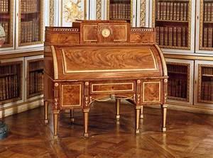 Meuble Secrétaire Ancien : le meuble convertible et son histoire blog la maison du convertible ~ Teatrodelosmanantiales.com Idées de Décoration