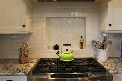 kitchen backsplash photo gallery 284 best images about kitchen on subway tile 5055