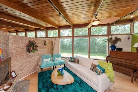 updated butterfly roof mid century modern ranch