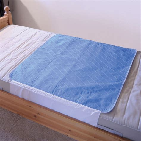 absorbent bed pads machine washable waterproof absorbent bed pad mattress