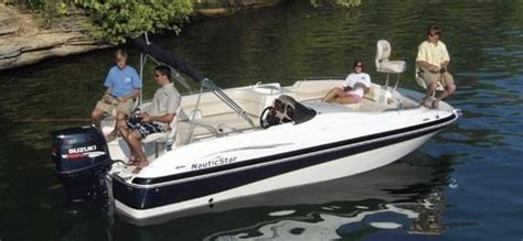 Jet Ski Sport Deck Boat by Research Nauticstar Boats 210 Ob Sport Deck Deck Boat On