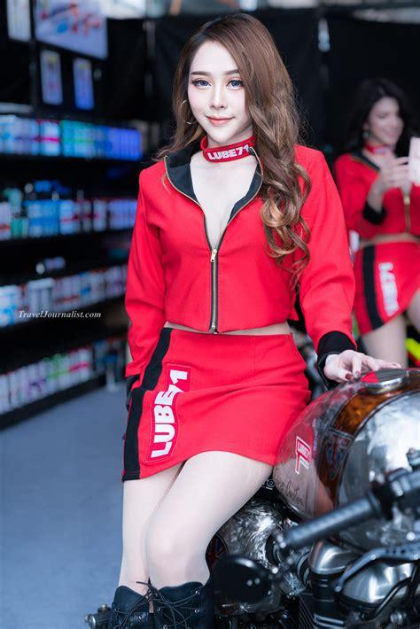 pretty girls  bangkok motorbike festival