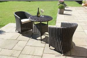 Sienna rattan garden furniture outdoor small round table for Small patio table with two chairs
