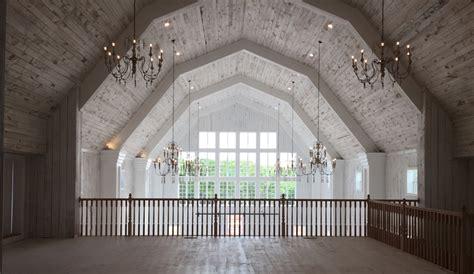 white barn wedding 8 clean slate wedding venues