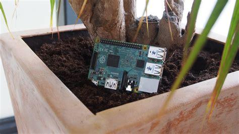 automatically water  plants   raspberry
