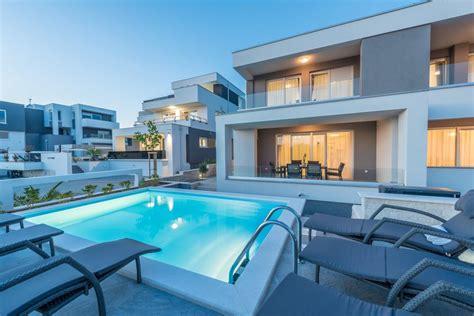 Haus Kaufen Schweiz Pool by Apartments With Pool Villa Zora كرواتيا نوفاليا