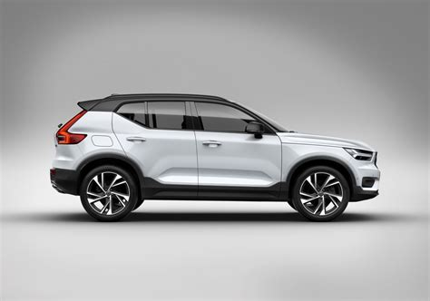 It was unveiled on 21 september 2017. Officieel! De nieuwe Volvo XC40 updated - Autoblog.nl