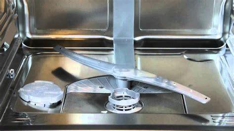 nettoyer les bras gicleurs du lave vaisselle youtube