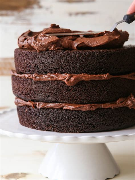 build  layered cake completely delicious
