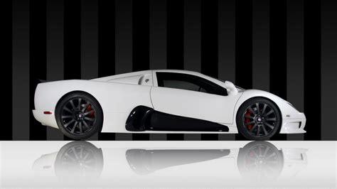 White Sport Car by Car Wallpaper 0051