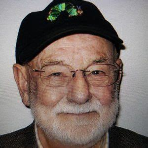 Eric Carle - Bio, Facts, Family | Famous Birthdays