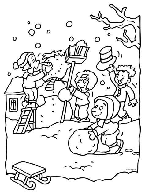Kleurplaat Boom Winter by Kleurplaat Kinderen Maken Een Sneeuwpop Kleurplaten Nl