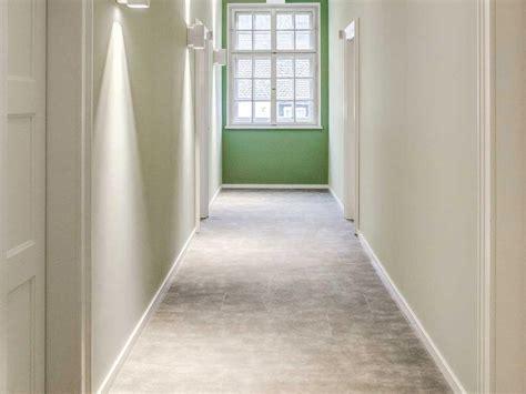 Linoleum Bodenbelag Mit Guten Eigenschaften by Elastische Bodenbel 228 Ge Vorteile Arten Kosten