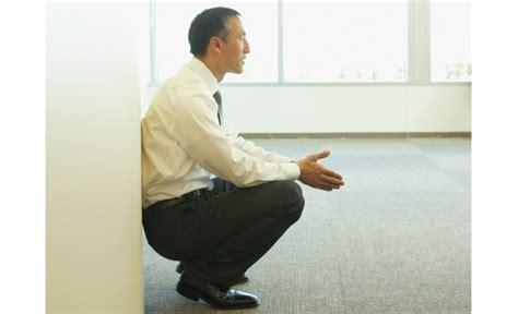 squatting  work    standup desk