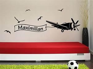 Wandtattoo Namen Kinderzimmer : wandtattoo flieger mit wunschname bei ~ Markanthonyermac.com Haus und Dekorationen