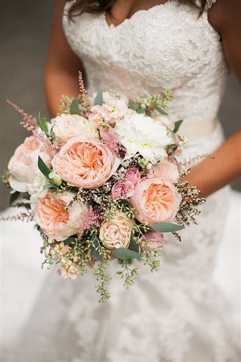 Kara Kodie Tennessee Countryside Wedding Rose Wedding