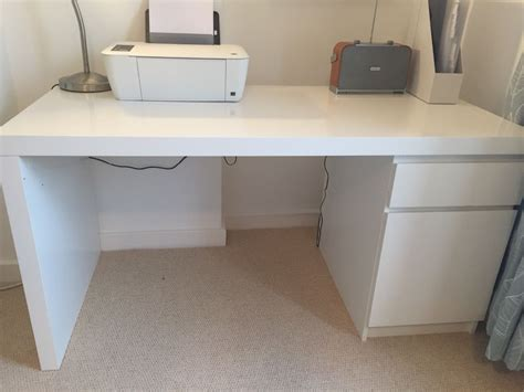 ikea white malm desk excellent condition in finsbury